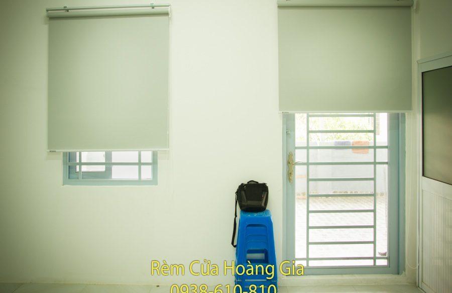 Rèm cuốn văn phòng tphcm chống nắng giá rẻ – rèm cửa Hoàng Gia