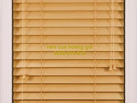 các mẫu rèm gỗ